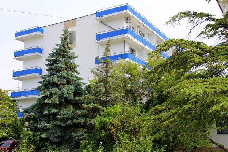 База отдыха «Якорь» (Феодосия, Коктебель), цены на 2015 ...: http://rfug.ru/vostok-krym/baza-otdykha-yakor